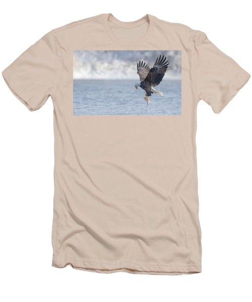 Eagle Fishing  Men's T-Shirt (Athletic Fit)