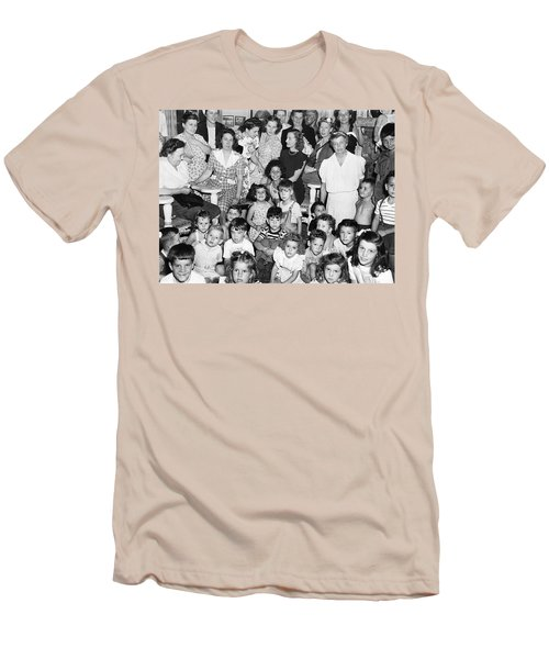 Eleanor Roosevelt And Children Men's T-Shirt (Slim Fit) by Underwood Archives