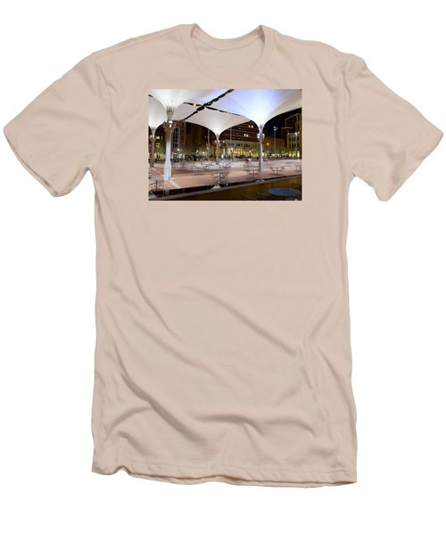 Fort Worth Sundance Square Men's T-Shirt (Athletic Fit)