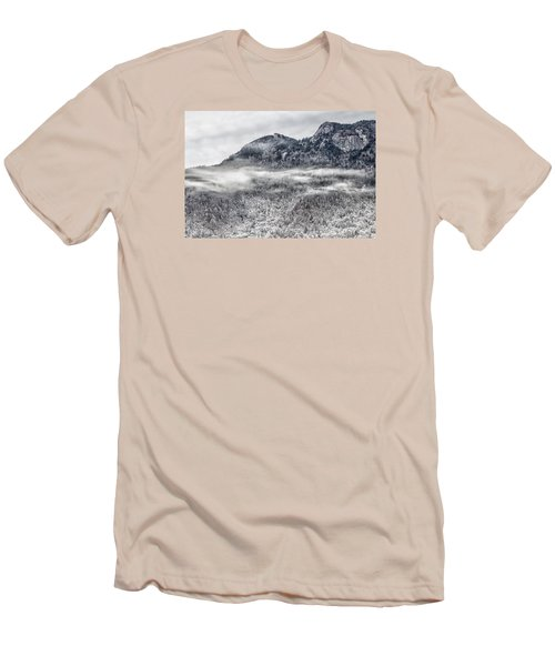 Snowy Grandfather Mountain - Blue Ridge Parkway Men's T-Shirt (Athletic Fit)