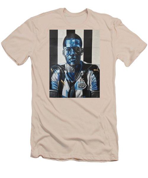 Georginio Wijnaldum Men's T-Shirt (Slim Fit) by Steve Hunter