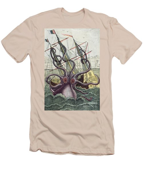 Giant Octopus Men's T-Shirt (Athletic Fit)