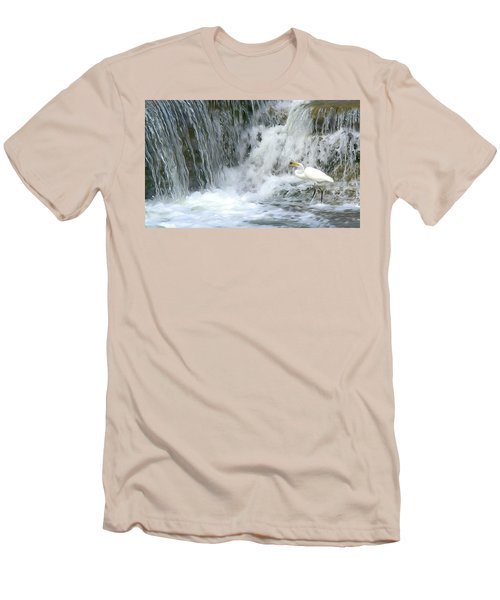 Great Egret Hunting At Waterfall - Digitalart Painting 3 Men's T-Shirt (Athletic Fit)