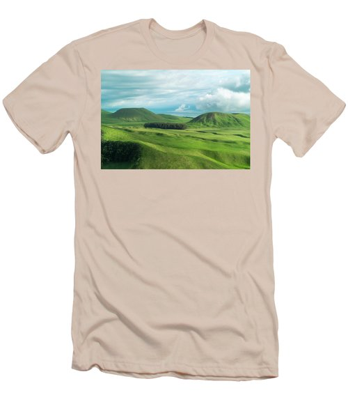 Green Hills On The Big Island Of Hawaii Men's T-Shirt (Athletic Fit)