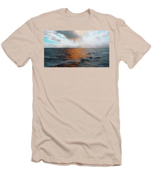 Hawaii Men's T-Shirt (Athletic Fit)