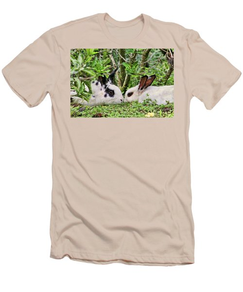 Love Bunnies In Costa Rica Men's T-Shirt (Athletic Fit)