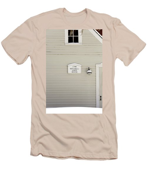 Mitchell-amee House Men's T-Shirt (Athletic Fit)