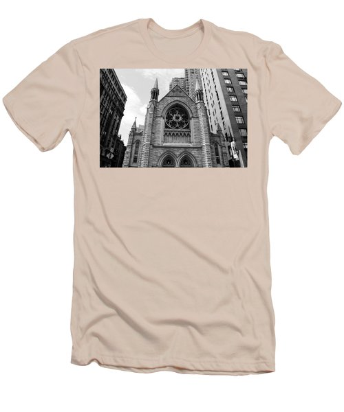 Nyc Holy Trinity Church - Black And White Men's T-Shirt (Athletic Fit)