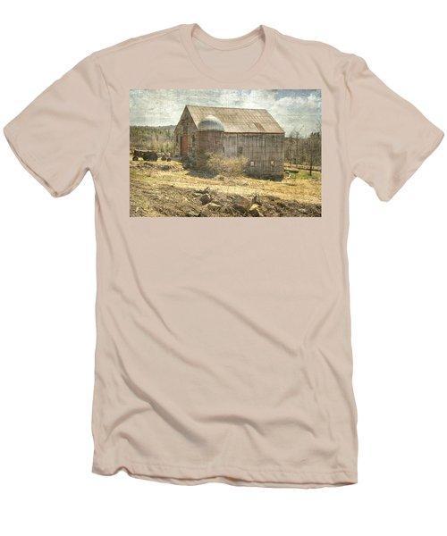 Old Barn Still Standing  Men's T-Shirt (Slim Fit) by Betty Pauwels