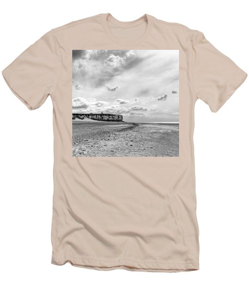 Old Hunstanton Beach, Norfolk Men's T-Shirt (Athletic Fit)
