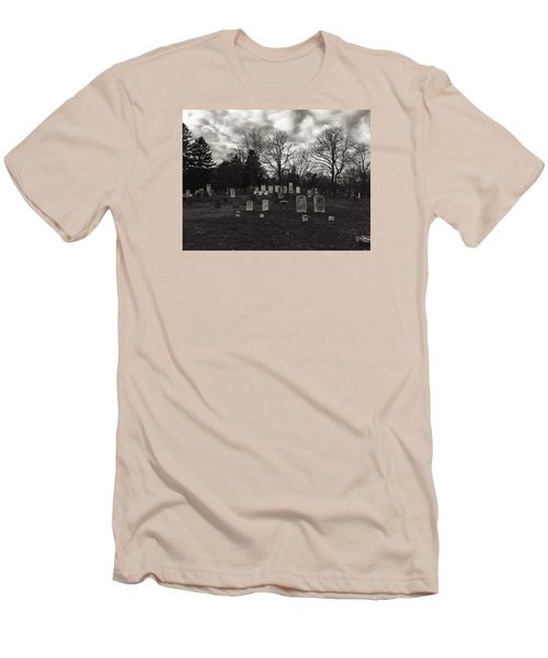 Old Town Cemetery , Sandwich Massachusetts  Men's T-Shirt (Athletic Fit)