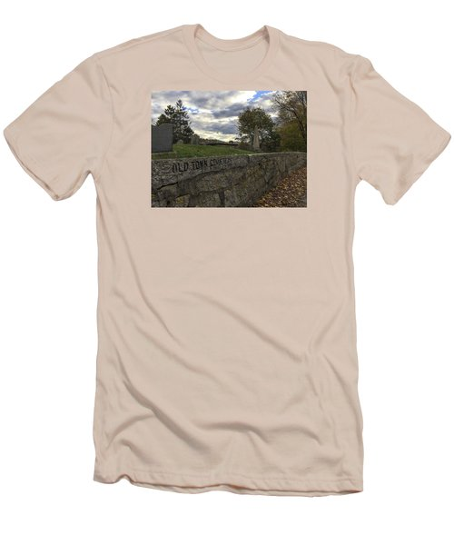 Old Town Cemetery Men's T-Shirt (Athletic Fit)