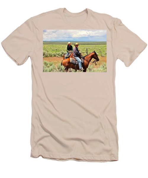 Oregon Cowboys Men's T-Shirt (Athletic Fit)