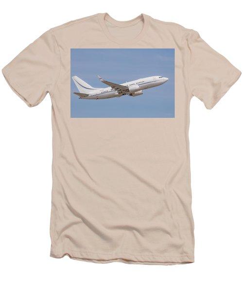 P4-kaz Kazakhstan Government 737 Men's T-Shirt (Athletic Fit)