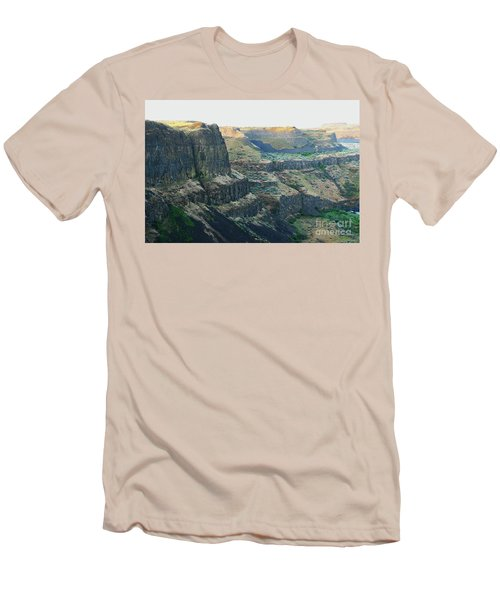Palouse River Canyon Buttes Men's T-Shirt (Athletic Fit)