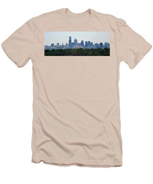 Philadelphia Green Skyline Men's T-Shirt (Athletic Fit)