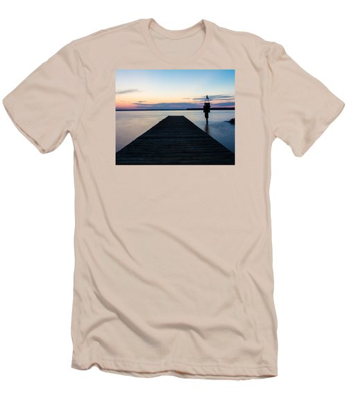 Pier At Sunset 16x20 Men's T-Shirt (Athletic Fit)