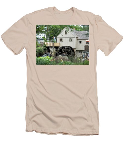 Plymouth Grist Mill Men's T-Shirt (Athletic Fit)