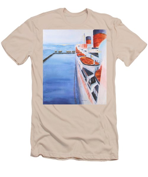 Queen Mary From The Bridge Men's T-Shirt (Athletic Fit)