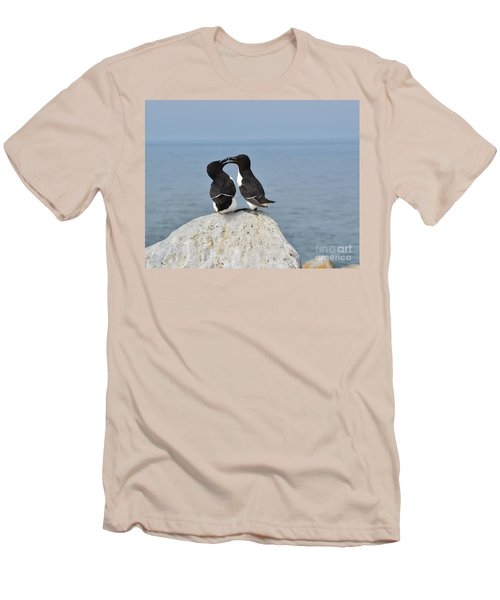 Razorbills In Love Men's T-Shirt (Athletic Fit)