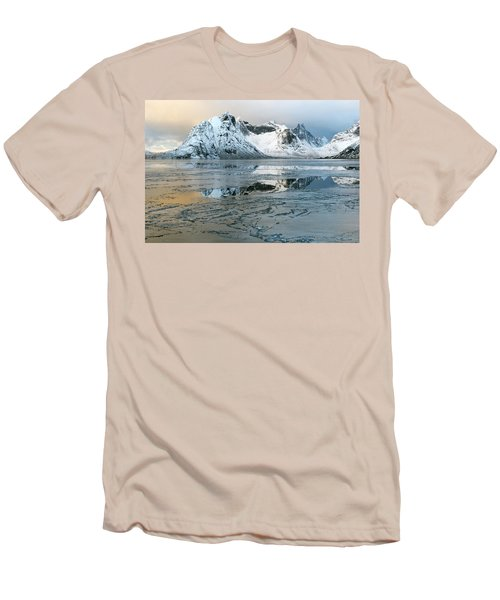 Reine, Lofoten 5 Men's T-Shirt (Slim Fit) by Dubi Roman