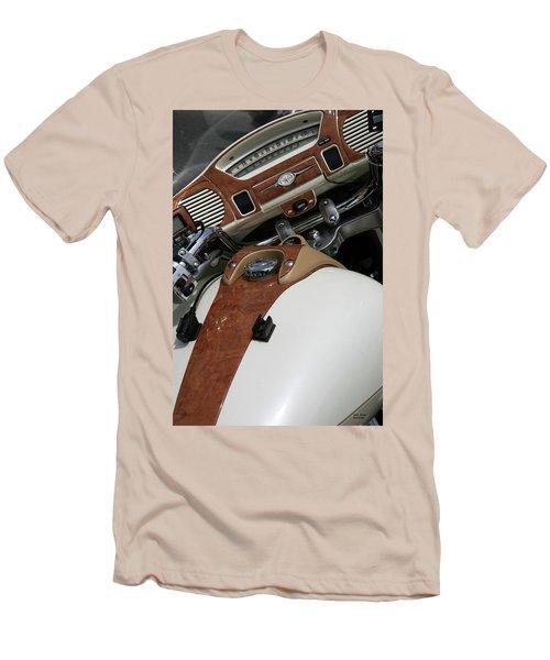 Retro Look Men's T-Shirt (Athletic Fit)