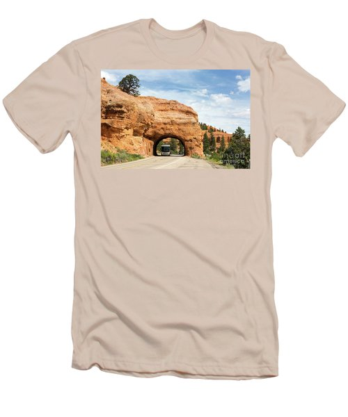 Rv Red Canyon Tunnel Utah Men's T-Shirt (Athletic Fit)