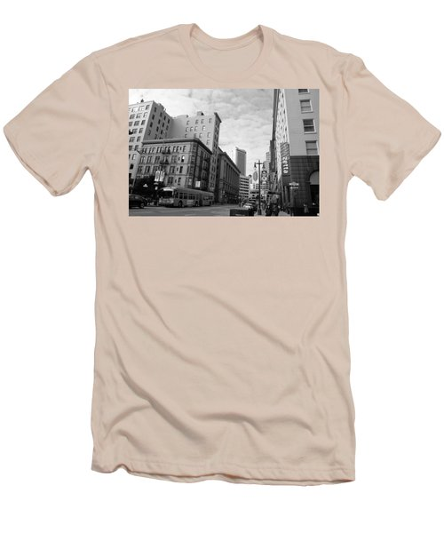 San Francisco - Jessie Street View - Black And White Men's T-Shirt (Slim Fit) by Matt Harang
