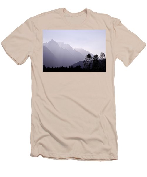Silhouette Austria Europe Men's T-Shirt (Athletic Fit)