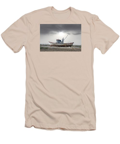 The Boat Men's T-Shirt (Athletic Fit)