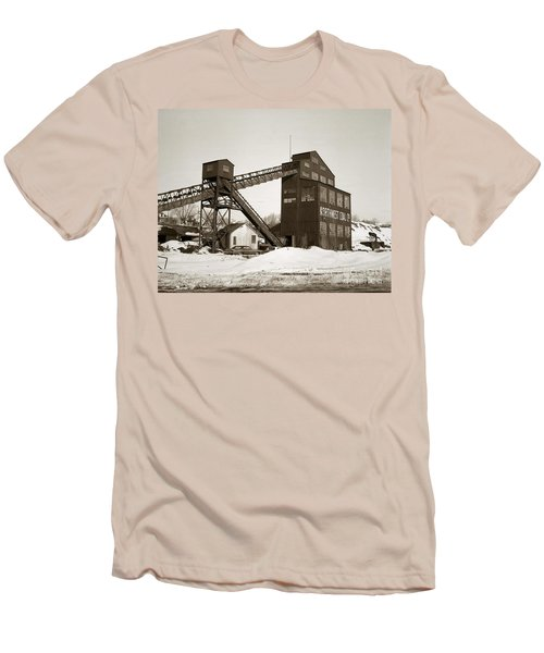 The Northwest Coal Company Breaker Eynon Pennsylvania 1971 Men's T-Shirt (Athletic Fit)
