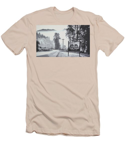 Welcome To Twin Peaks Men's T-Shirt (Athletic Fit)