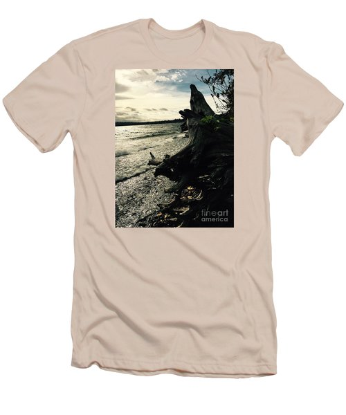 Winter Comes To The Sea Men's T-Shirt (Athletic Fit)