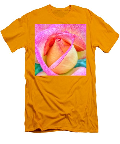 About To Unfold Men's T-Shirt (Athletic Fit)