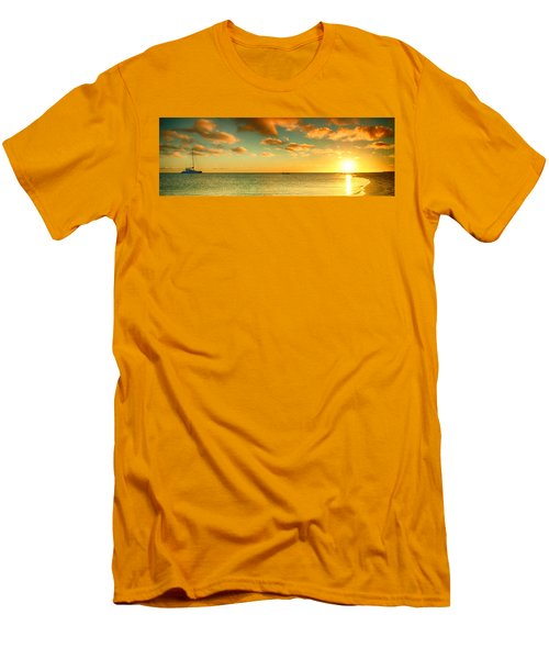 Panoramic Photo Sunrise At Monky Mia Men's T-Shirt (Athletic Fit)