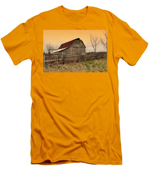 Men's T-Shirt (Slim Fit) featuring the photograph Ozark Barn 1 by Marty Koch