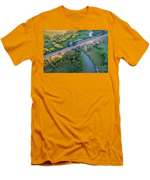 aerial view of Dismal River in Nebraska Men's T-Shirt (Athletic Fit)