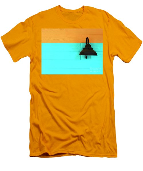 A Solitary Light Men's T-Shirt (Athletic Fit)