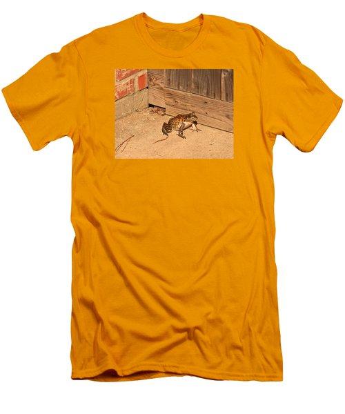 Frog Men's T-Shirt (Slim Fit) by Ronald Olivier