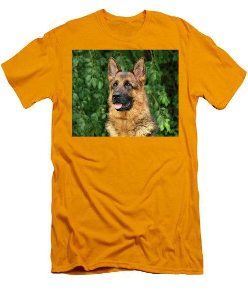 Men's T-Shirt (Slim Fit) featuring the photograph Intriguing Ida by Sandy Keeton