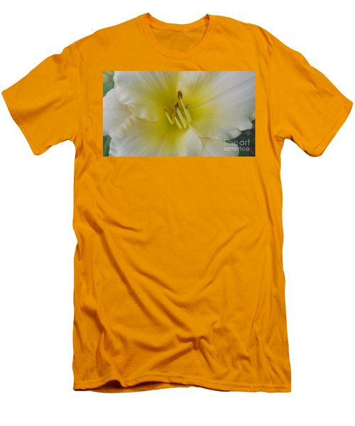 Lemon Daylily Men's T-Shirt (Slim Fit)