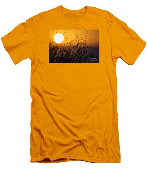 Llangennith Sun Men's T-Shirt (Athletic Fit)