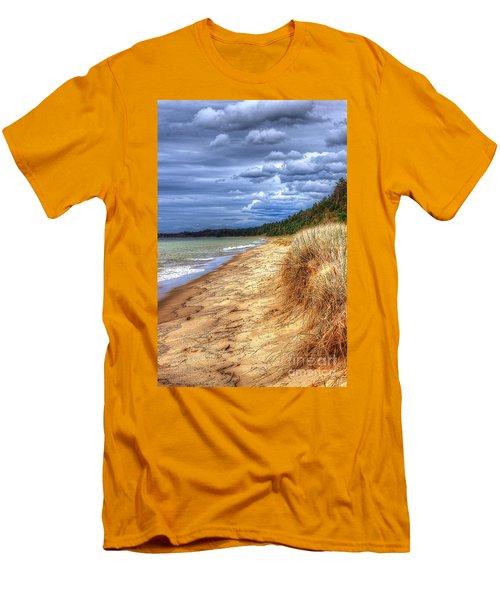 Magoon Creek North Men's T-Shirt (Athletic Fit)