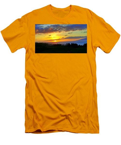 Majestic Maui Sunset Men's T-Shirt (Athletic Fit)