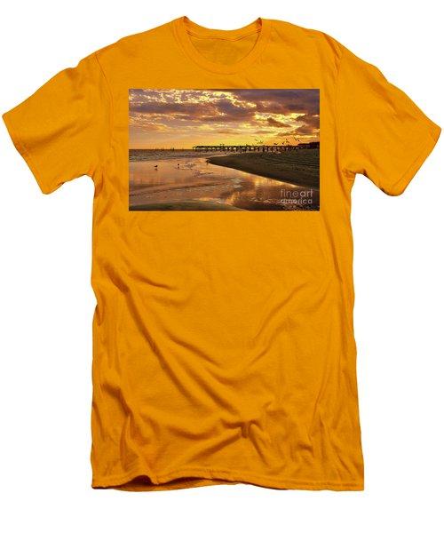 Sunset And Gulls Men's T-Shirt (Slim Fit)