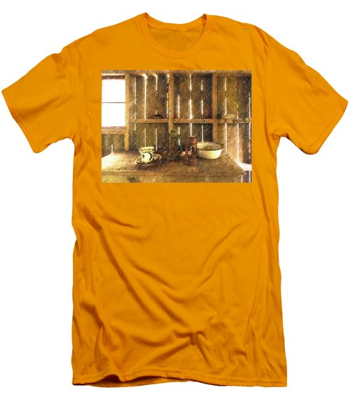 The Abandoned Cabin Men's T-Shirt (Athletic Fit)