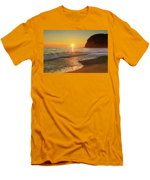 the beach and the Mediterranean sea in Montenegro in the summer at sunset Men's T-Shirt (Athletic Fit)