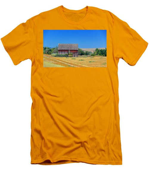 Used To Be Red Barn Men's T-Shirt (Slim Fit) by Susan Crossman Buscho