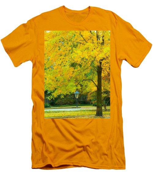 Yellow Drapes Men's T-Shirt (Athletic Fit)
