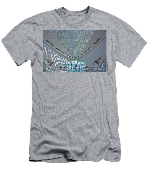 0354 Milwaukee Art Museum Men's T-Shirt (Athletic Fit)